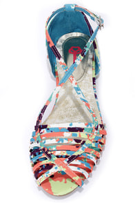 Pink Key Ivy Multi Print Flat Sandals at Lulus.com!