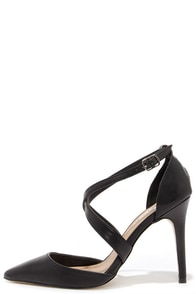 Met My Match Black Pointed Pumps at Lulus.com!