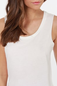 RVCA Label Scout Ivory Muscle Tee at Lulus.com!