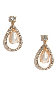 Duke of Pearls Gold Rhinestone Earrings at Lulus.com!