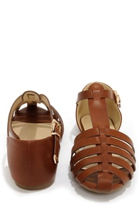 Paprika Jarrow Tan Strappy Flat Sandals at Lulus.com!