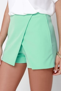 Postcard from Paradise Mint Green Skort at Lulus.com!