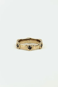 Rosette Aside Black and Gold Ring at Lulus.com!