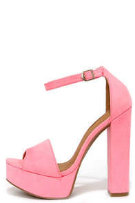 Chinese Laundry Avenue Pink Suede Platform Heels at Lulus.com!