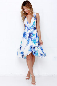 Paint Me a Picture Ivory and Blue Floral Print Wrap Dress at Lulus.com!