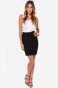 Break Into a Scallop Black Pencil Skirt at Lulus.com!