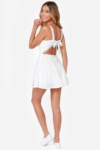 Rhythm Polka Daisy White Print Dress at Lulus.com!