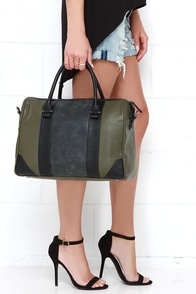 Quick Getaway Olive Green Tote at Lulus.com!