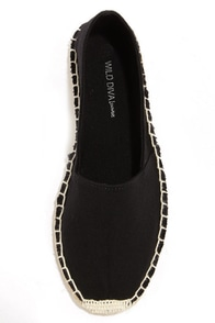 Wild Diva Lounge Tika 01A Black Canvas Espadrille Flats at Lulus.com!