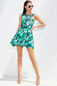 Leaf it to Chance Green Print Dress at Lulus.com!