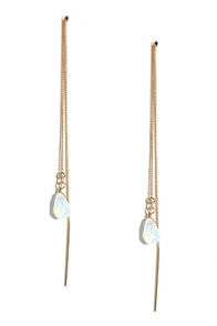 Dew off the Lily Clear Iridescent Threader Earrings at Lulus.com!