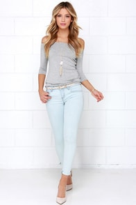 Depths and Shallows Light Wash Ankle Skinny Jeans at Lulus.com!