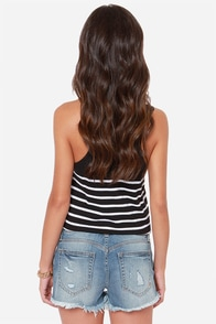 Dittos Misty Distressed Medium Wash Cutoff Jean Shorts at Lulus.com!