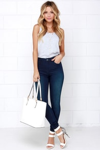 Blank NYC Juke Box Dark Wash High-Waisted Skinny Jeans at Lulus.com!