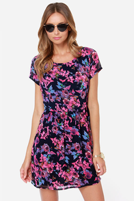Poppy Lux Freya Pink and Navy Blue Floral Print Dress at Lulus.com!
