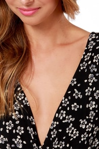 Garland of Plenty Black Floral Print Romper at Lulus.com!