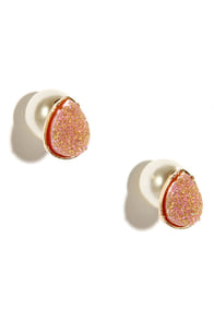Geocache In Peach Peekaboo Earrings at Lulus.com!