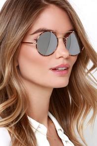 Revved Up Like a Deuce Tortoise Mirrored Sunglasses at Lulus.com!