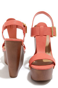 Emily 32 Soft Peach Platform Wedge Sandals at Lulus.com!
