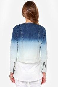 RVCA Shack Up Blue Ombre Denim Jacket at Lulus.com!