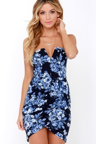 Garland Greeting Navy Blue Floral Print Strapless Dress at Lulus.com!