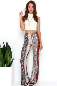 It's a Groove Thang Rust Red Paisley Print Flare Pants at Lulus.com!