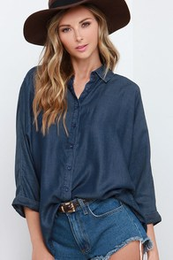 Olive & Oak Challenge Accepted Dark Blue Chambray Button-Up Top at Lulus.com!