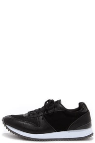 Madden Girl Runner Black Sneakers at Lulus.com!