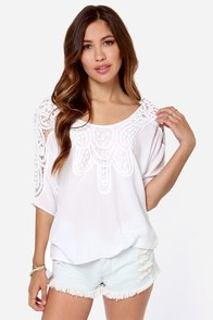 Where They Wander Crochet Ivory Top at Lulus.com!