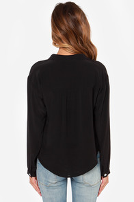 Lucy Love Pickadilly Black Top at Lulus.com!