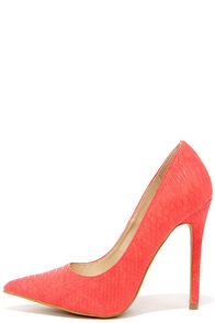 Pick-Me-Up Coral Snakeskin Pointed Pumps at Lulus.com!