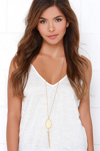 What a Druzy Cream and Gold Necklace at Lulus.com!
