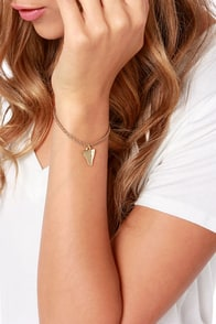 Shark Tank Brown Shark Tooth Bracelet at Lulus.com!