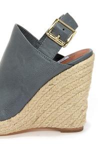 Steve Madden Corizon Blue Slate Espadrille Wedge Sandals at Lulus.com!