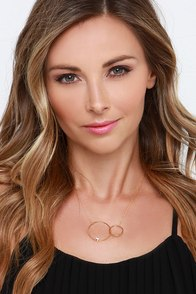 Round Off Gold Circle Necklace at Lulus.com!
