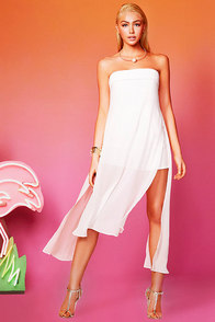 Ultimate Utopia Ivory Strapless Romper at Lulus.com!