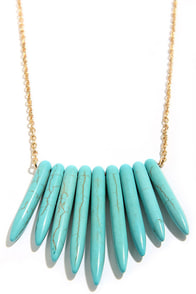 Point Out Turquoise Necklace at Lulus.com!