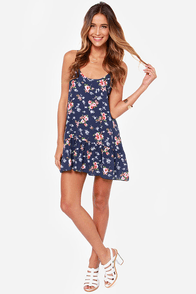 Begonia Be Good Navy Blue Floral Print Dress at Lulus.com!