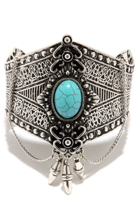 Desert Trek Turquoise and Silver Bracelet at Lulus.com!