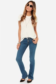 Dittos Arianna Mid Rise Skinny Flare Jeans at Lulus.com!
