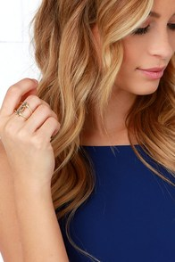 Resting Arrow Gold Ring at Lulus.com!