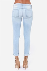 Flying Monkey Mary Jean Distressed Light Wash Skinny Jeans at Lulus.com!