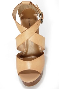Chinese Laundry Java Hazelnut Leather Platform Wedge Sandals at Lulus.com!