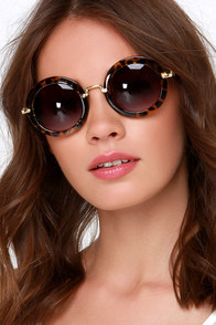 Vanguard Vixen Tortoise Sunglasses at Lulus.com!