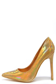 Boogie Oogie Gold Hologram Pointed Pumps at Lulus.com!