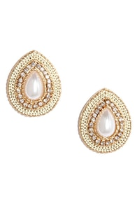 Style Shield Gold and Pearl Earrings at Lulus.com!