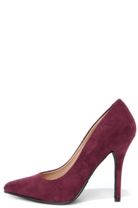 Step It Up Vino Burgundy Suede Pointed Pumps at Lulus.com!