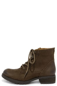 Steve Madden Gobbin Brown Leather Ankle Boots at Lulus.com!