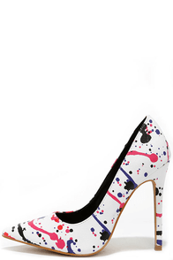 Art of This World White Splatter Print Pointed Pumps at Lulus.com!