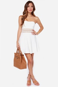 LULUS Exclusive Worth the Waist Ivory Strapless Dress at Lulus.com!